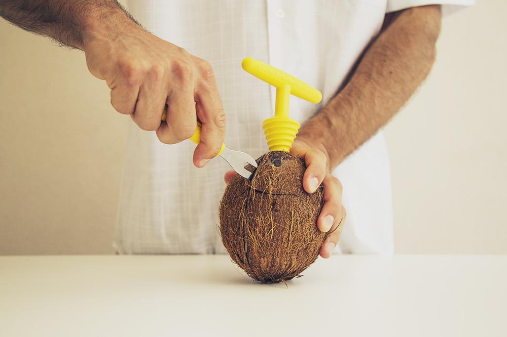 Apertura Cocco con Cococrack Kit